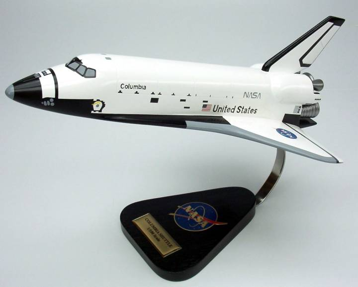 NASA - Space Shuttle Columbia - 1/100 Scale Large Mahogany Model