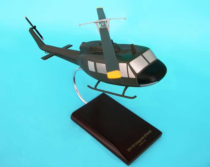 US Army - Bell - UH-1D Iroquois Helicopter - 1/32 Scale Resin Model - D0532H3R