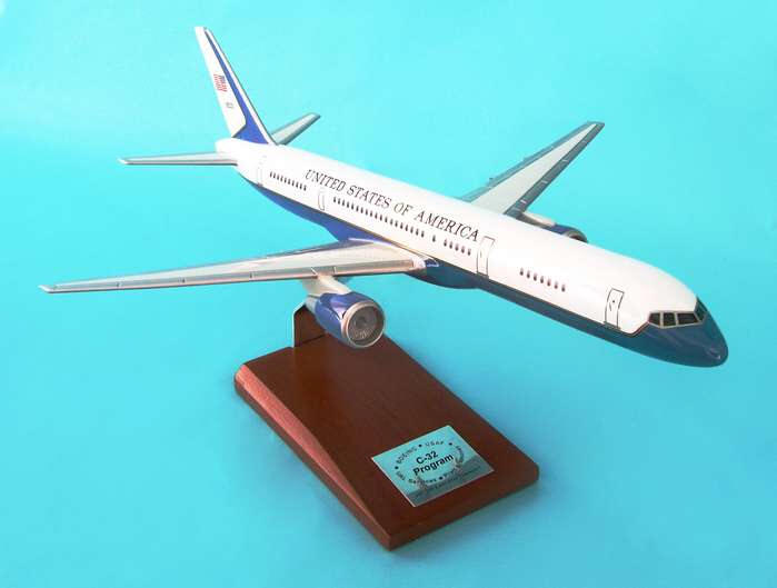 Boeing VC-32A VIP - Air Force Two Model - 1/100 Scale Resin Model